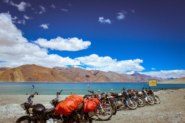 <h1>5 Most Thrilling Riding Stretches In India</h1>